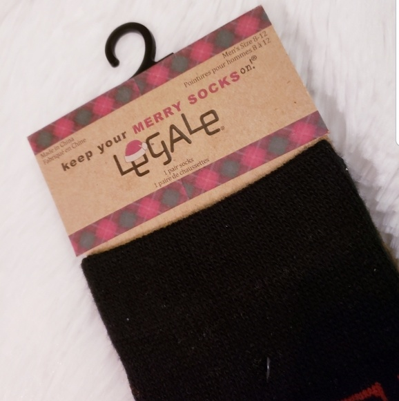Legale Other - 10/$25 NWT holiday socks